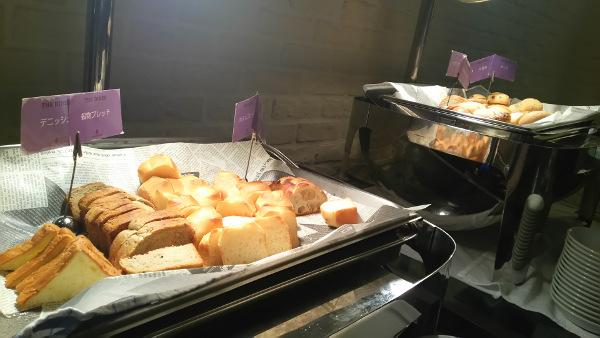 堂島ホテルパン食べ放題