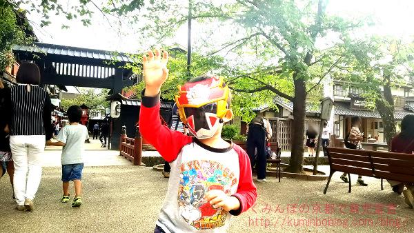 京都太秦映画村☆子供連れで割引利用でお得に楽しむ方法。ヒーローショーはレベルが違う。