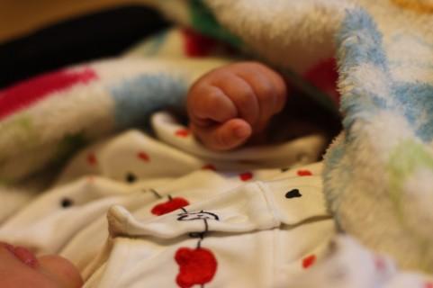 【朗報】B型肝炎予防接種。0歳児の2016年10月からのワクチンが無料になるよ。